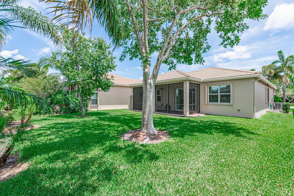 9651 Hunterston Drive Boynton Beach, FL 33473 photo 2