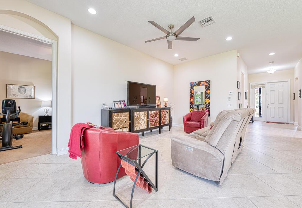 9651 Hunterston Drive Boynton Beach, FL 33473 photo 5