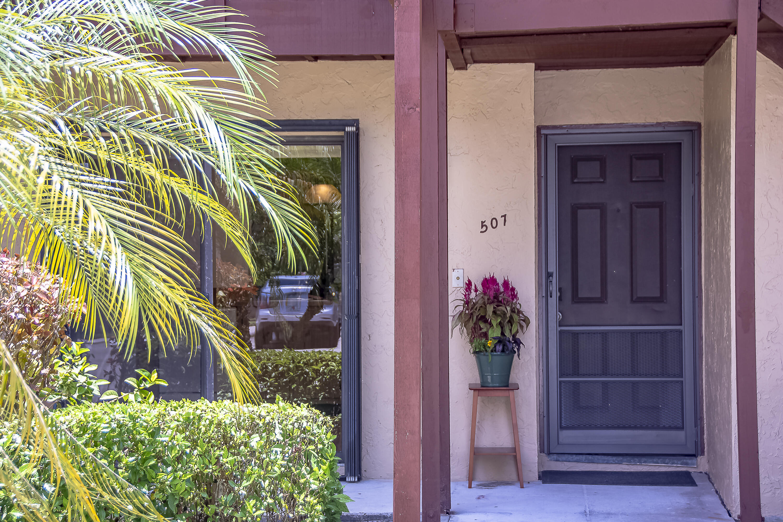 507 Lakeview Drive Royal Palm Beach, FL 33411 photo 3