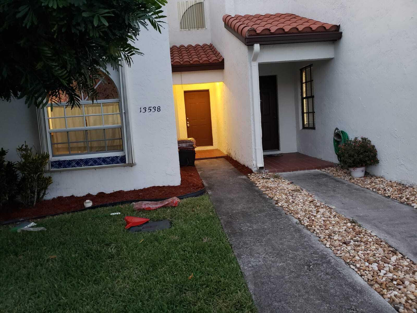 13538 Fountain View Boulevard  Wellington FL 33414