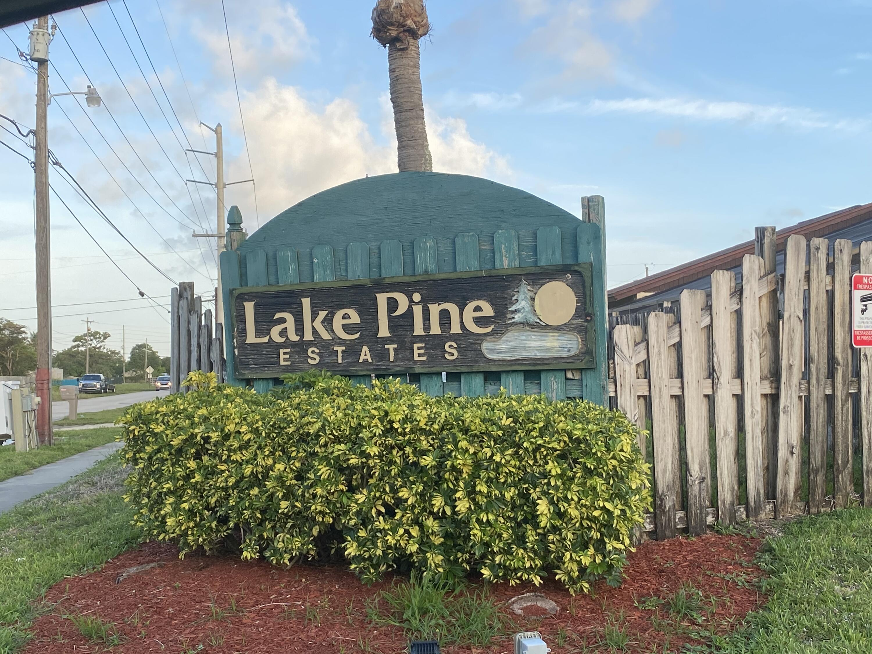 4766  Sunny Palm Circle D For Sale 10721996, FL