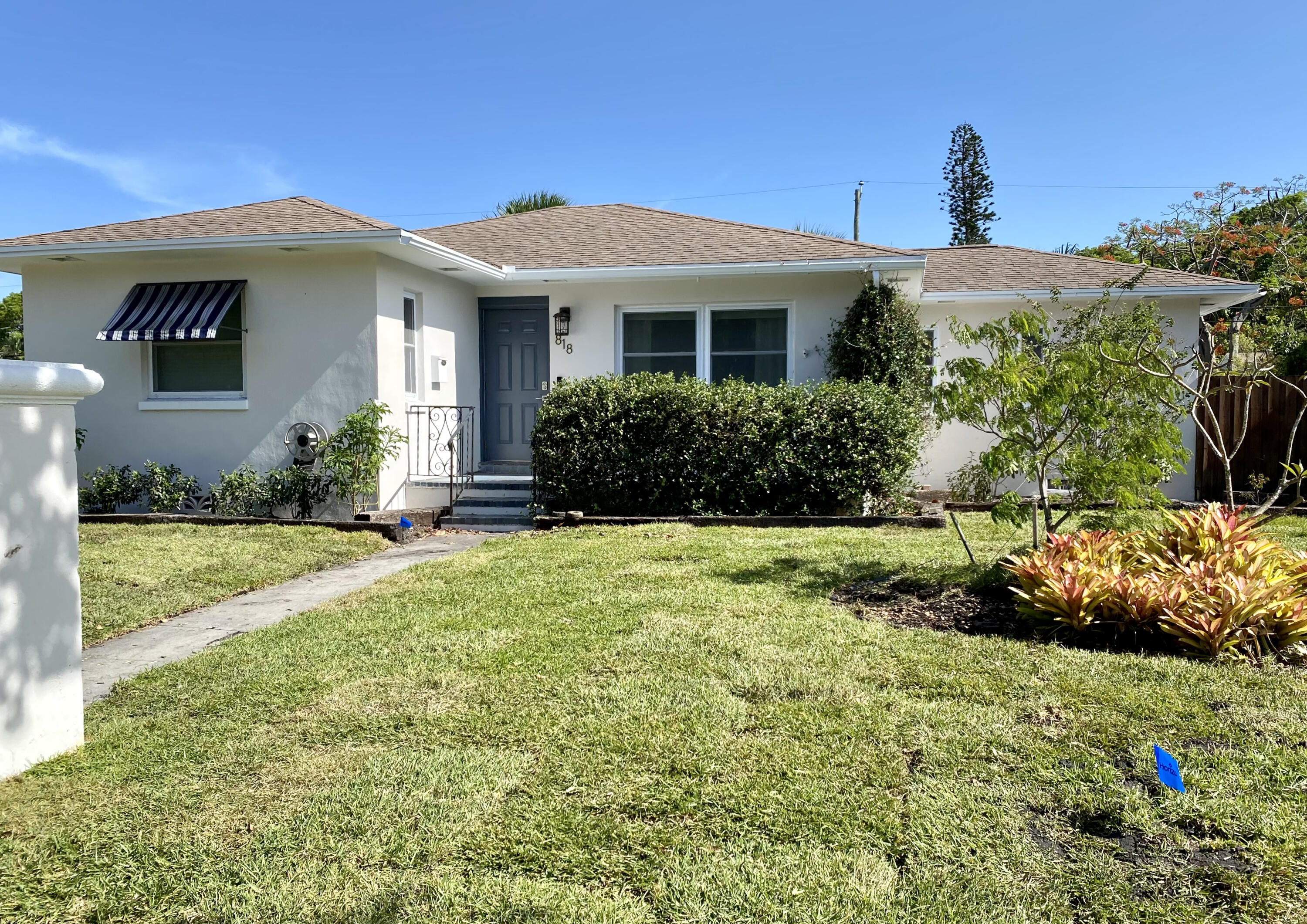 818  Forest Hill Boulevard  For Sale 10720543, FL