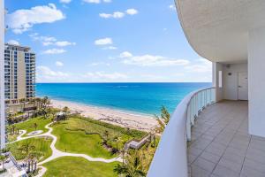 4600 N Ocean Drive, 902, Riviera Beach, FL 33404