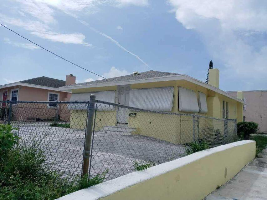 900  20th Street  For Sale 10722197, FL