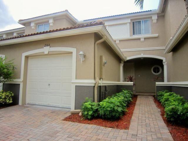 2158  Oakmont Drive  For Sale 10722789, FL