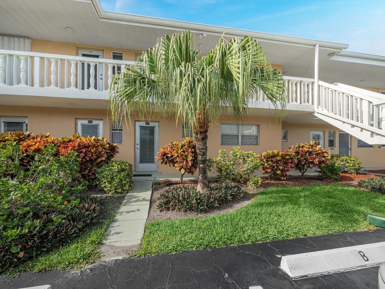 2121 NE 1st Court 202 Boynton Beach, FL 33435