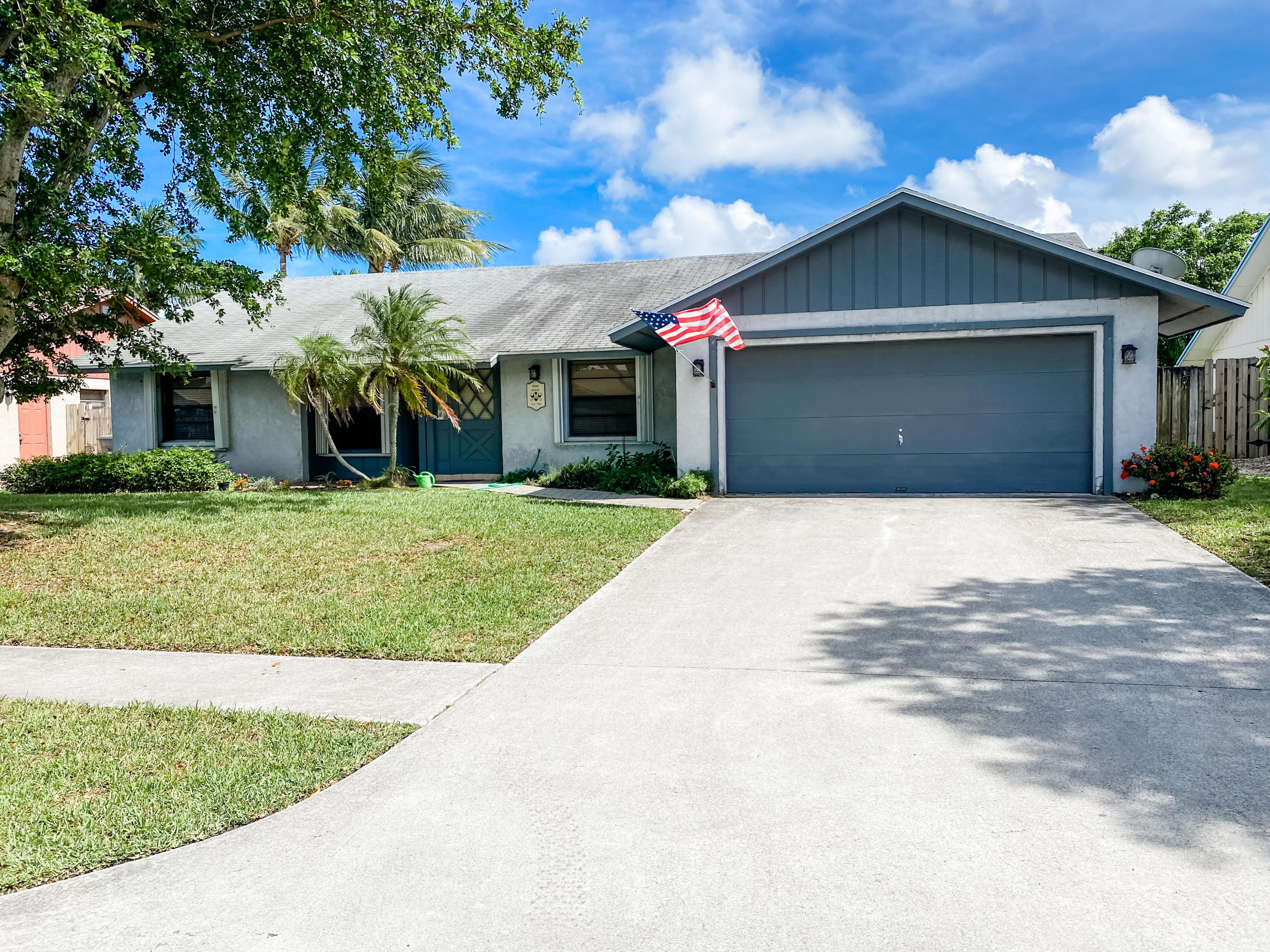 3952  Green Forest Drive  For Sale 10722344, FL