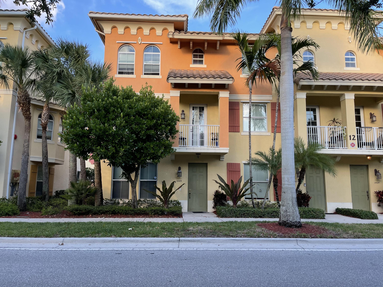 1445  Via De Pepi   For Sale 10722393, FL