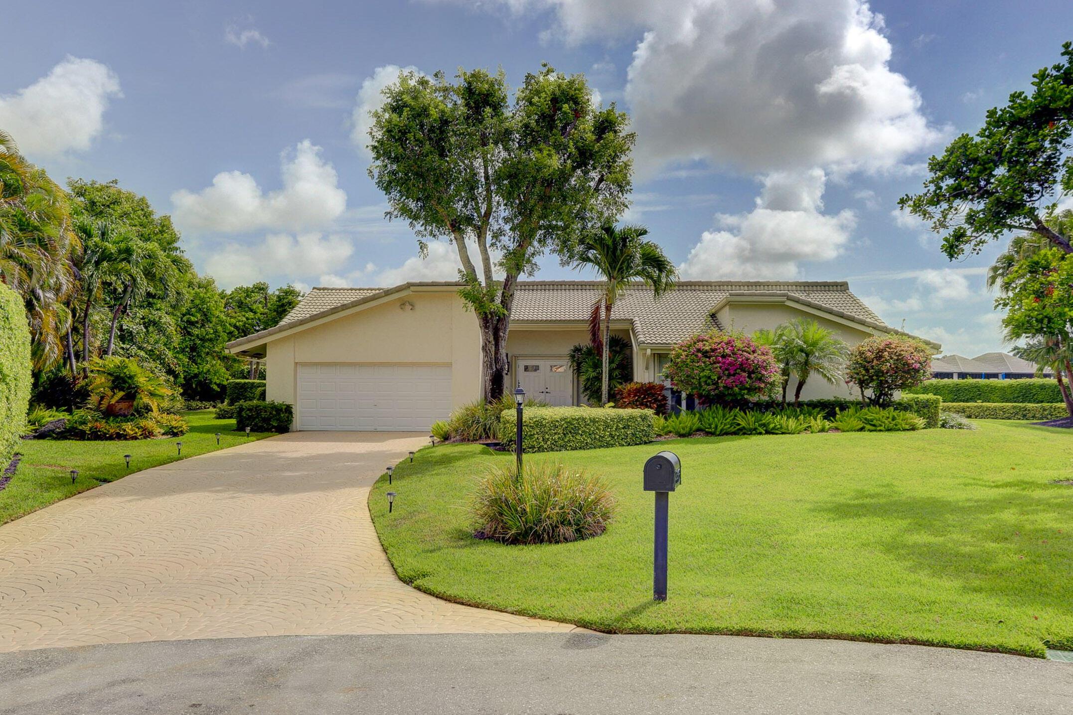 4463  Cocoplum Way  For Sale 10722887, FL
