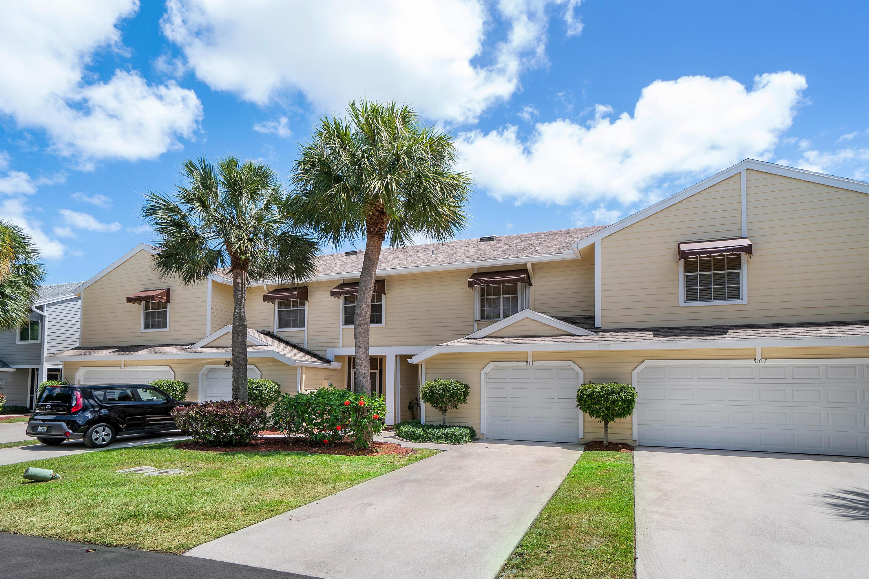5111  Pointe Emerald Lane  For Sale 10722511, FL