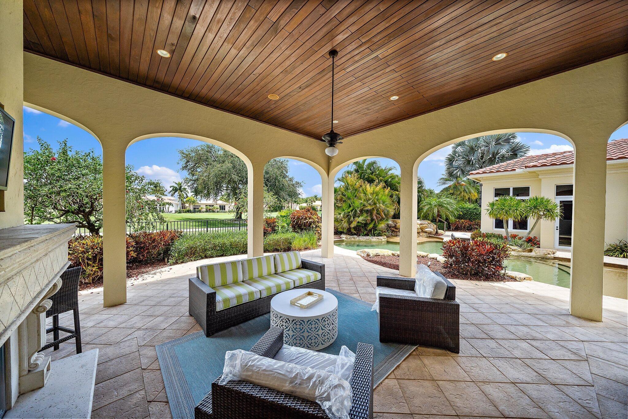 671 Hermitage Circle Palm Beach Gardens, FL 33410 photo 17