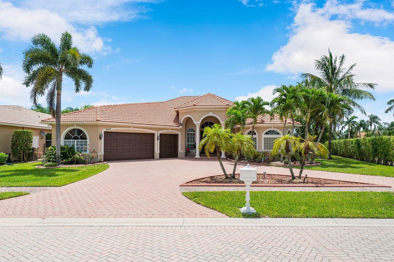 6555  Cobia Circle  For Sale 10722130, FL
