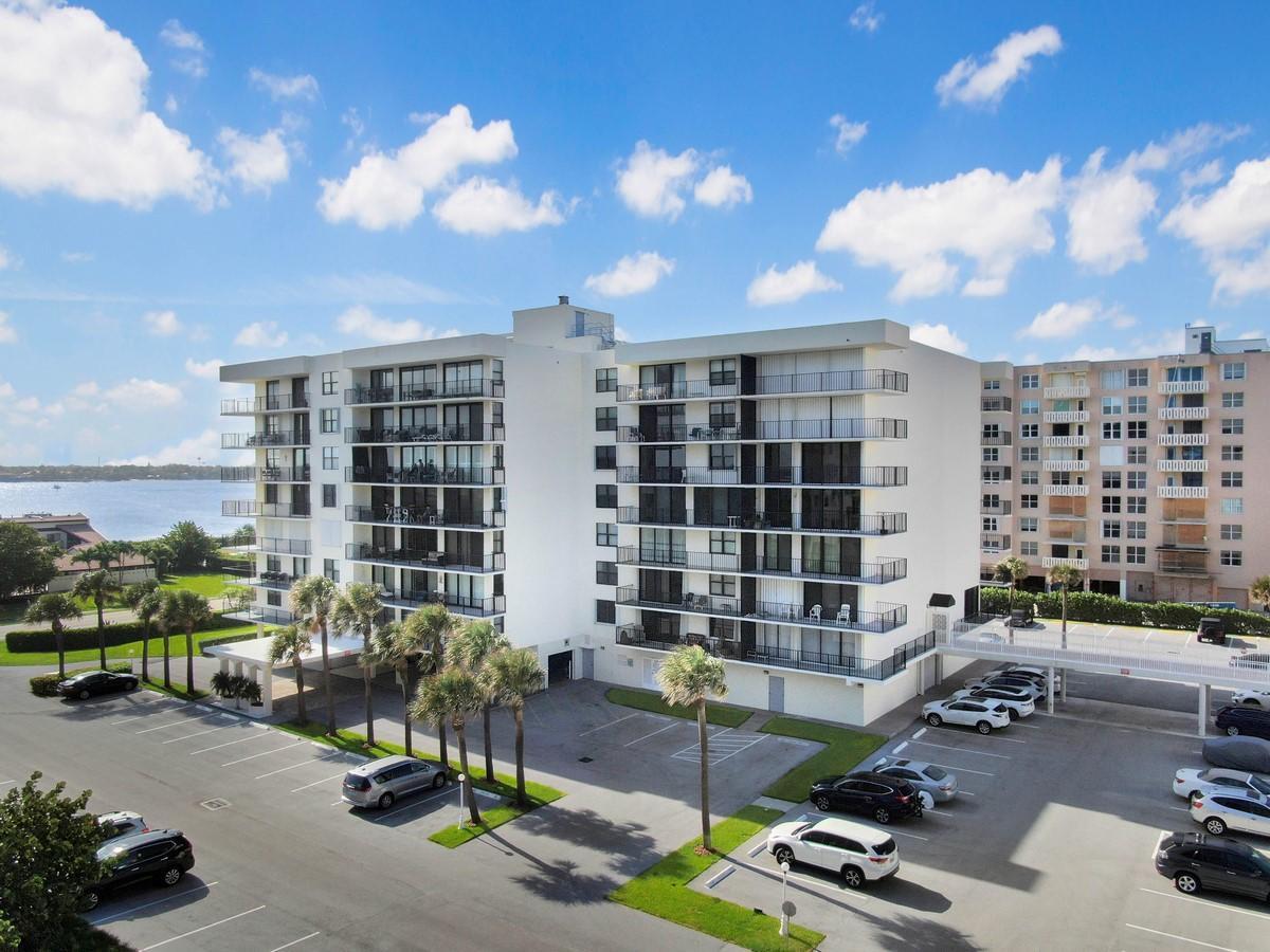 3460 S Ocean Boulevard 615 Palm Beach, FL 33480 photo 23