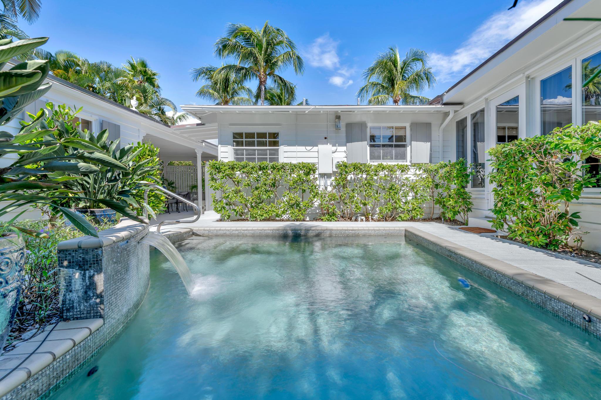 248-Colonial-Ln-Palm-Beach_EZP2562