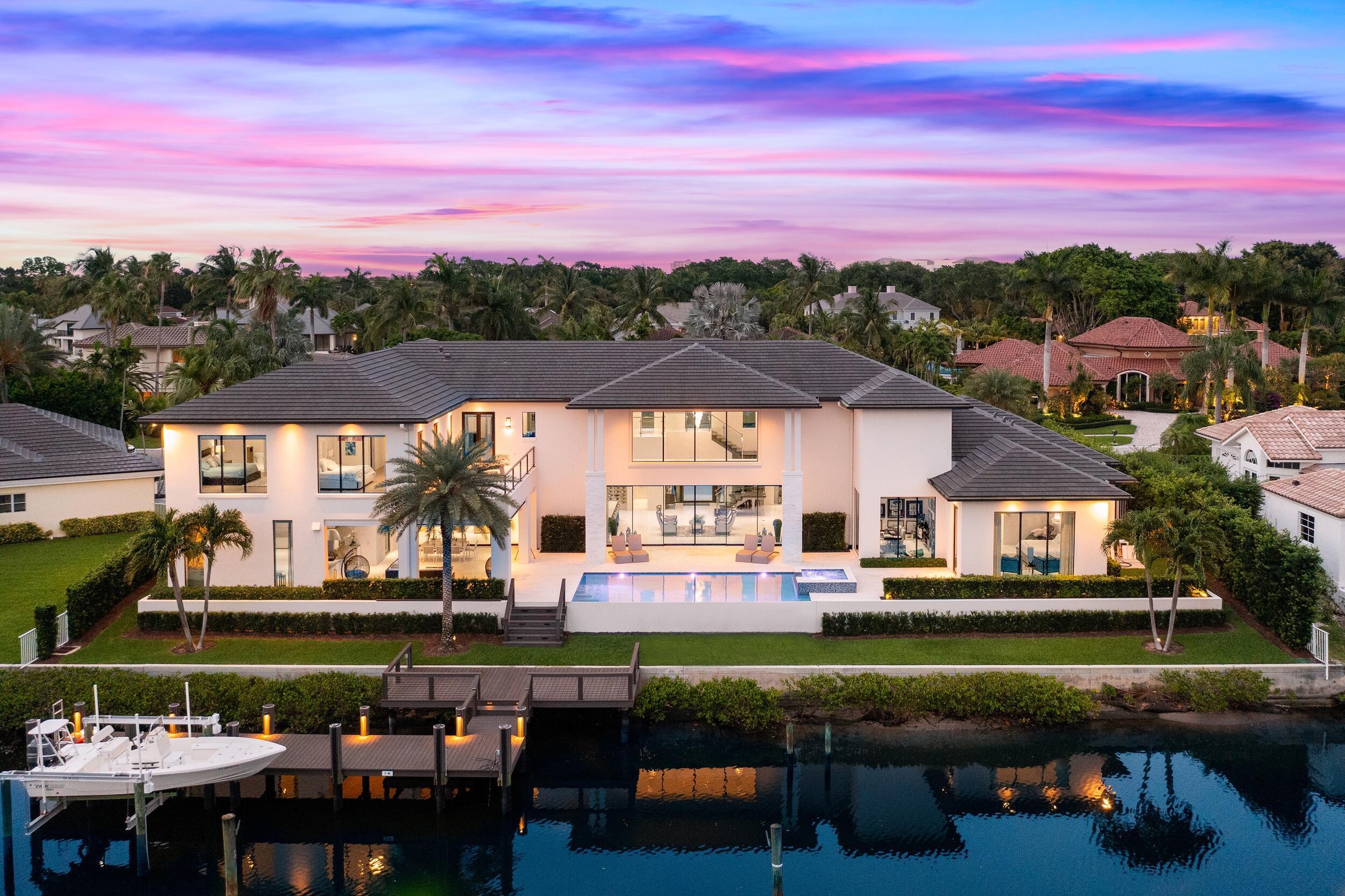 Photo of 13843 Le Bateau Isle, Palm Beach Gardens, FL 33410
