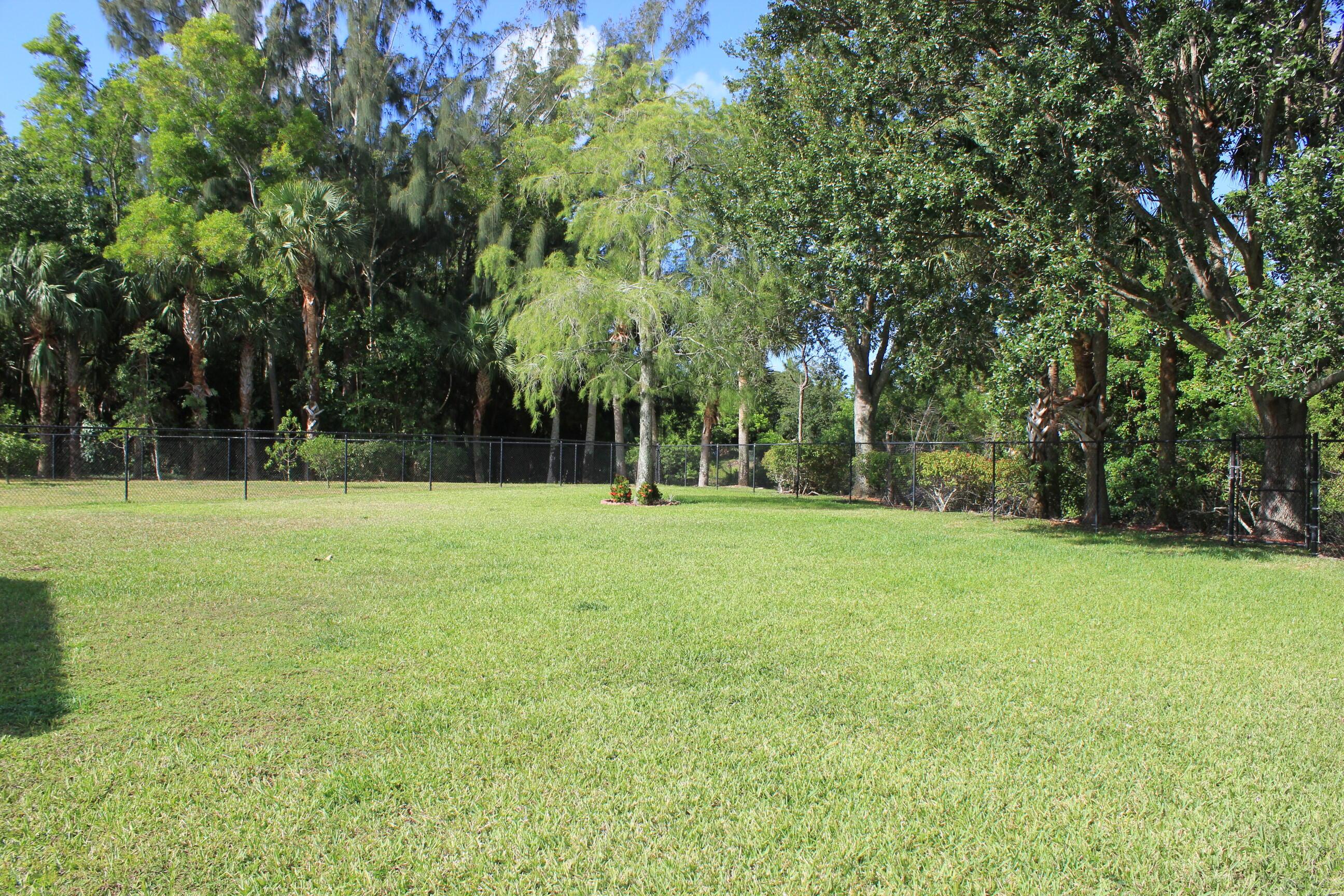 180 Seminole Lakes Drive Royal Palm Beach, FL 33411 photo 4