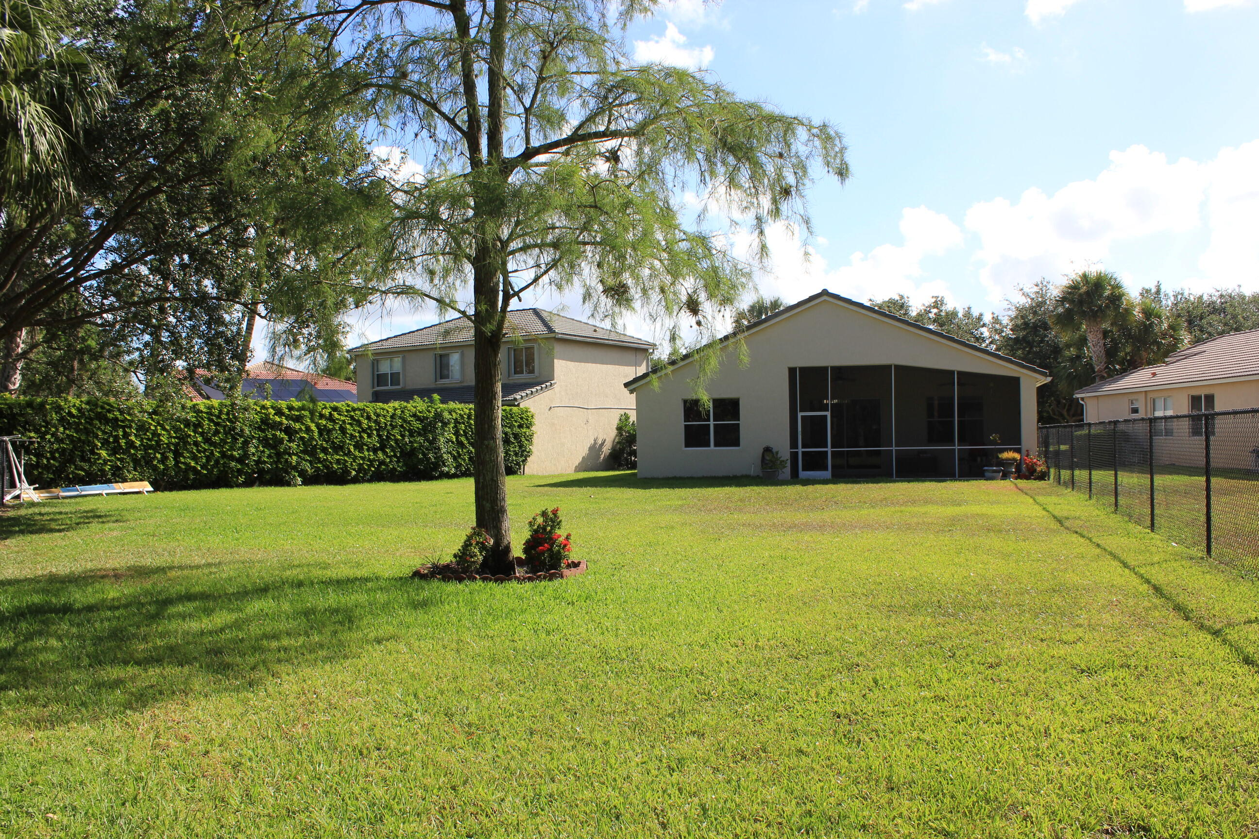 180 Seminole Lakes Drive Royal Palm Beach, FL 33411 photo 6