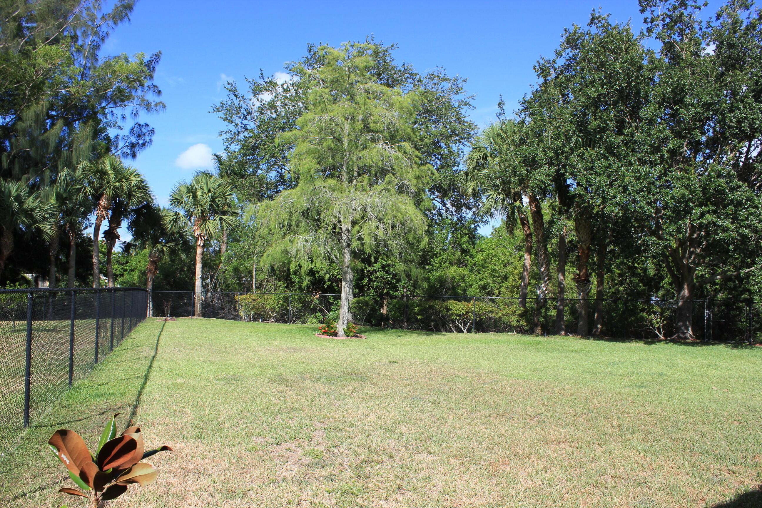 180 Seminole Lakes Drive Royal Palm Beach, FL 33411 photo 5