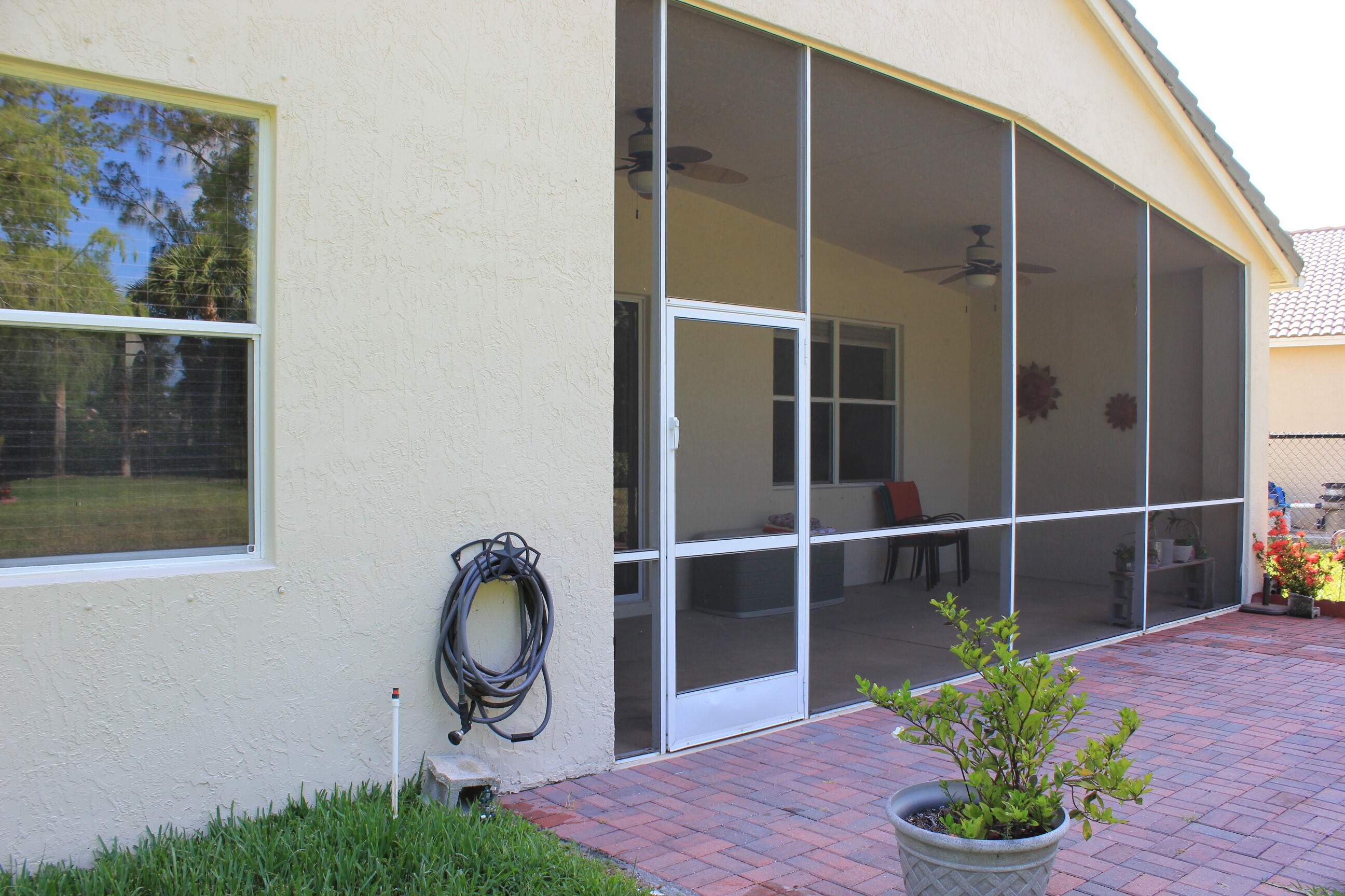 180 Seminole Lakes Drive Royal Palm Beach, FL 33411 photo 8