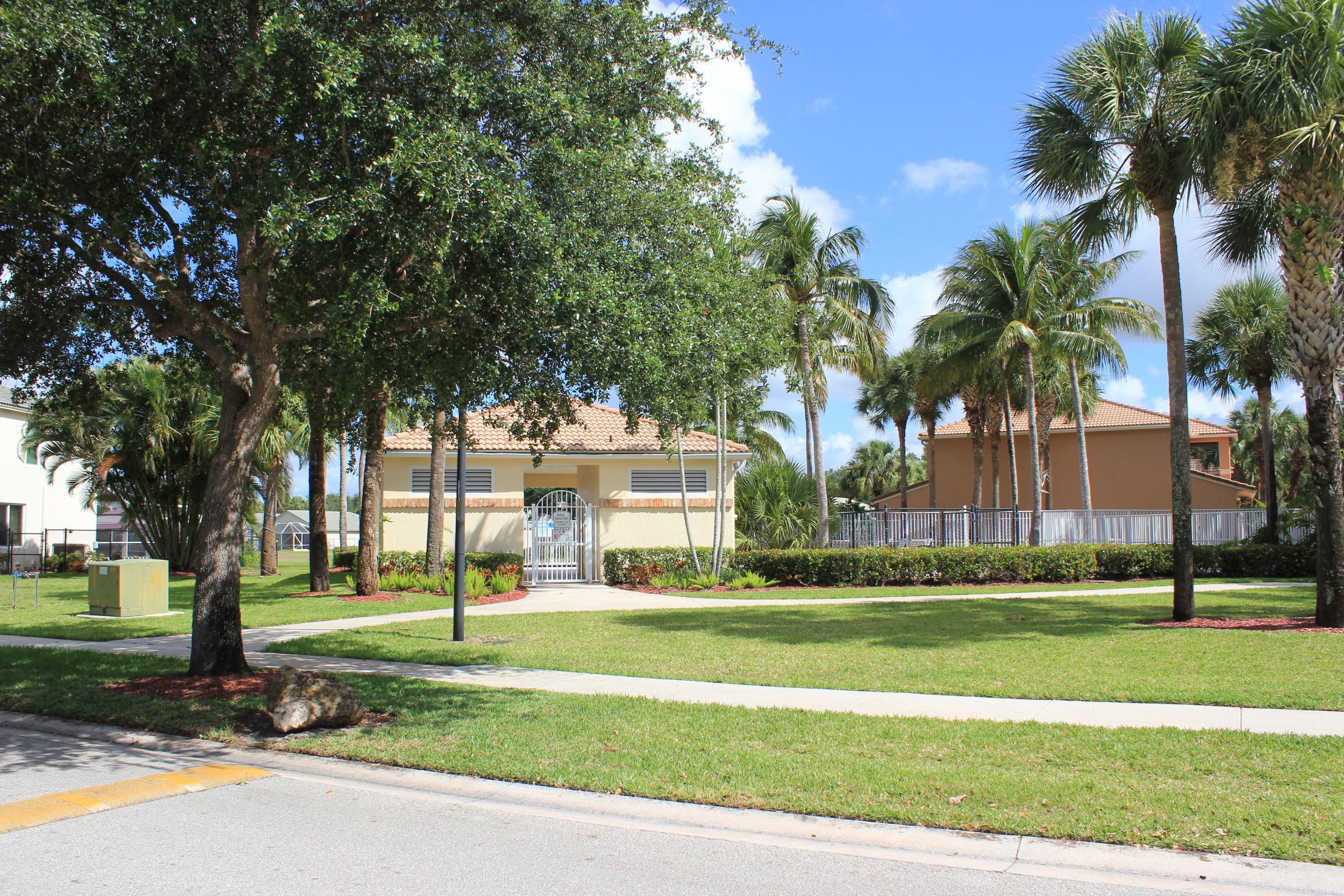 180 Seminole Lakes Drive Royal Palm Beach, FL 33411 photo 20