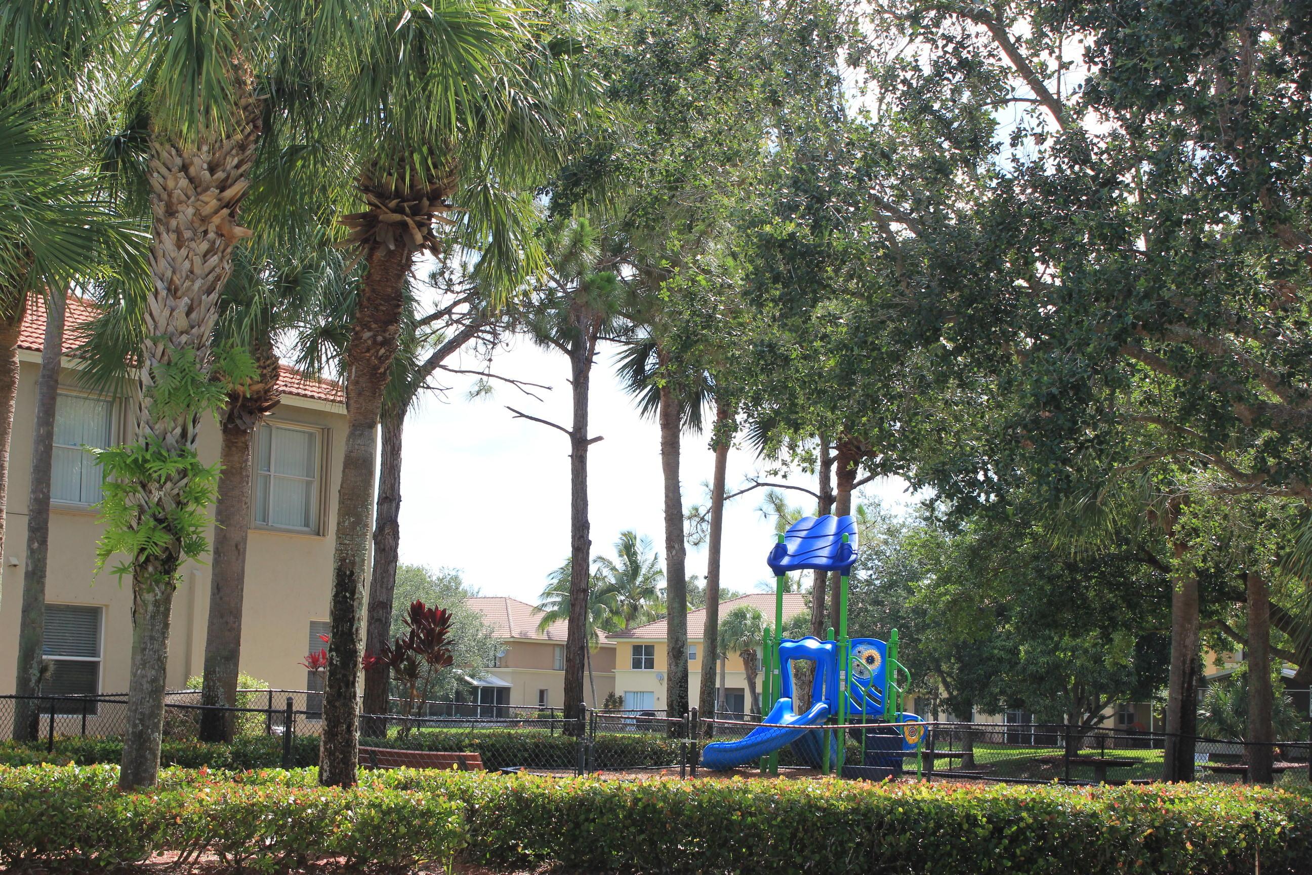 180 Seminole Lakes Drive Royal Palm Beach, FL 33411 photo 21