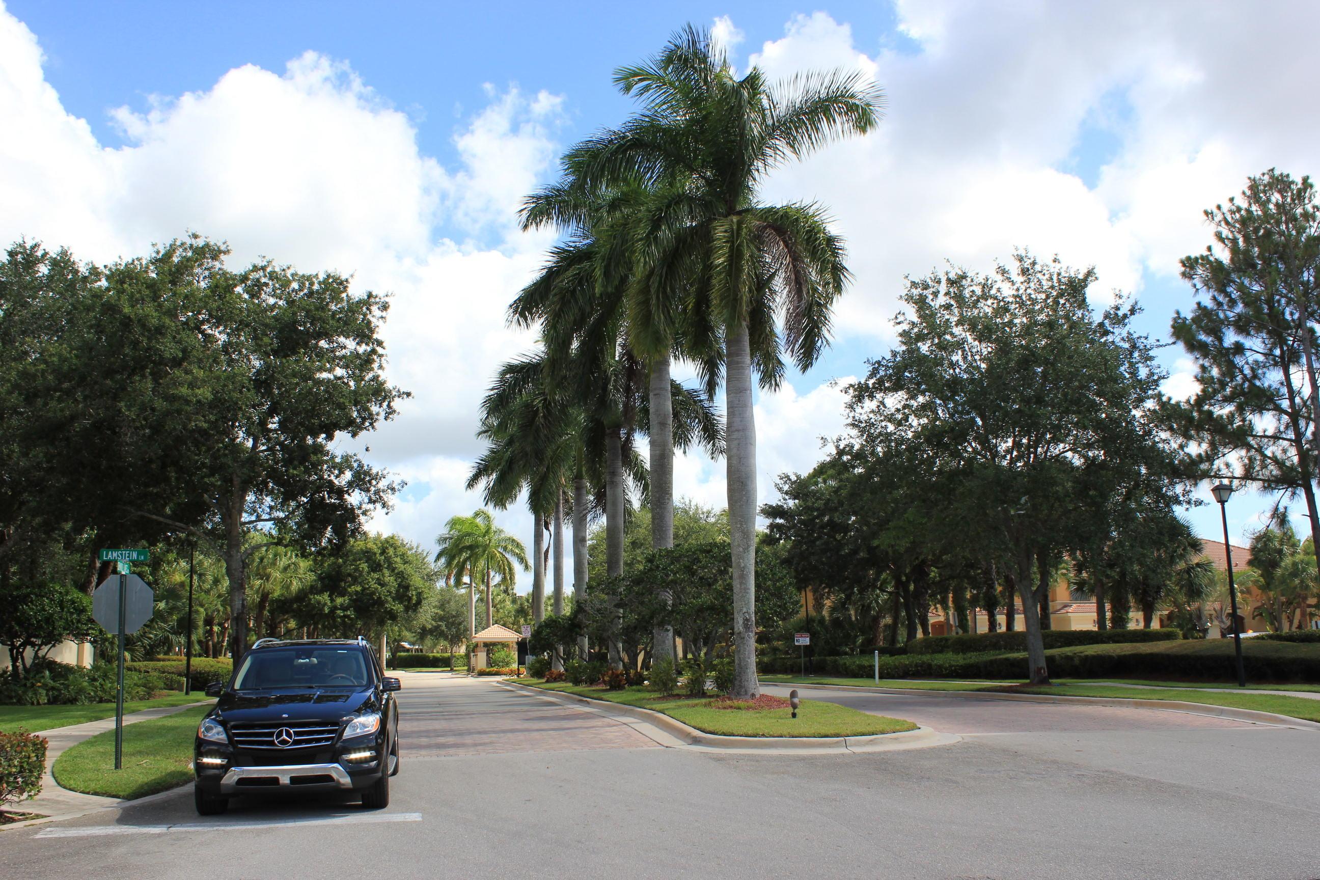180 Seminole Lakes Drive Royal Palm Beach, FL 33411 photo 25