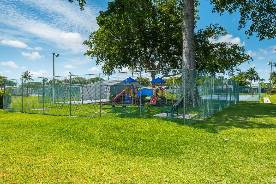 1310 Summit Run Circle West Palm Beach, FL 33415 photo 36