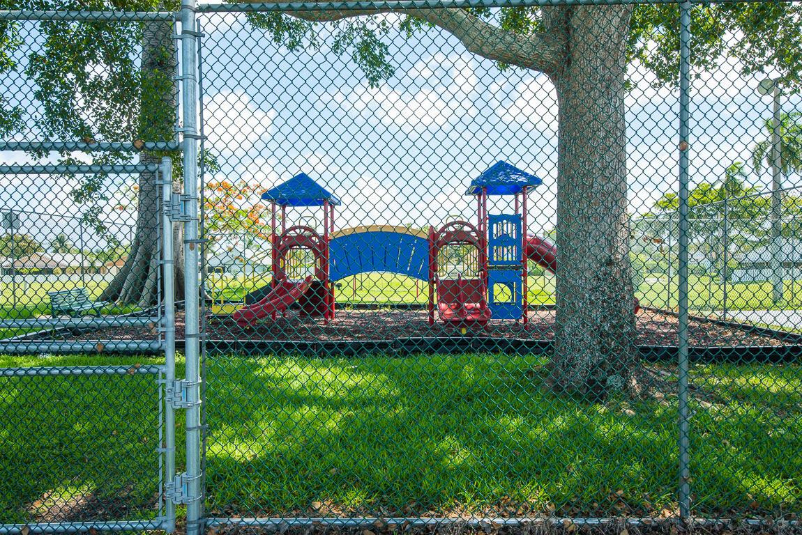 1310 Summit Run Circle West Palm Beach, FL 33415 photo 40
