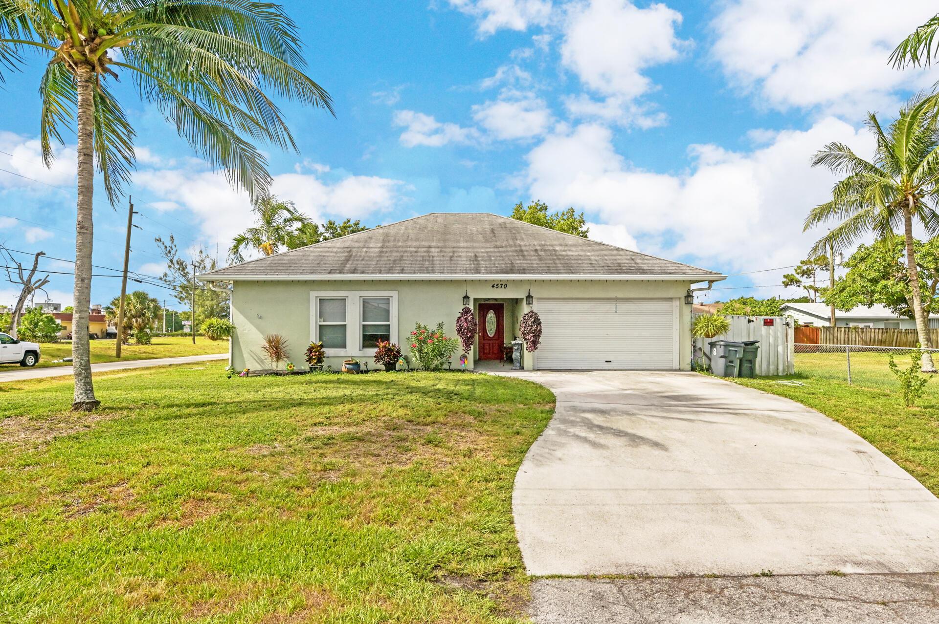 4570 Boatman Street Lake Worth, FL 33463 photo 2
