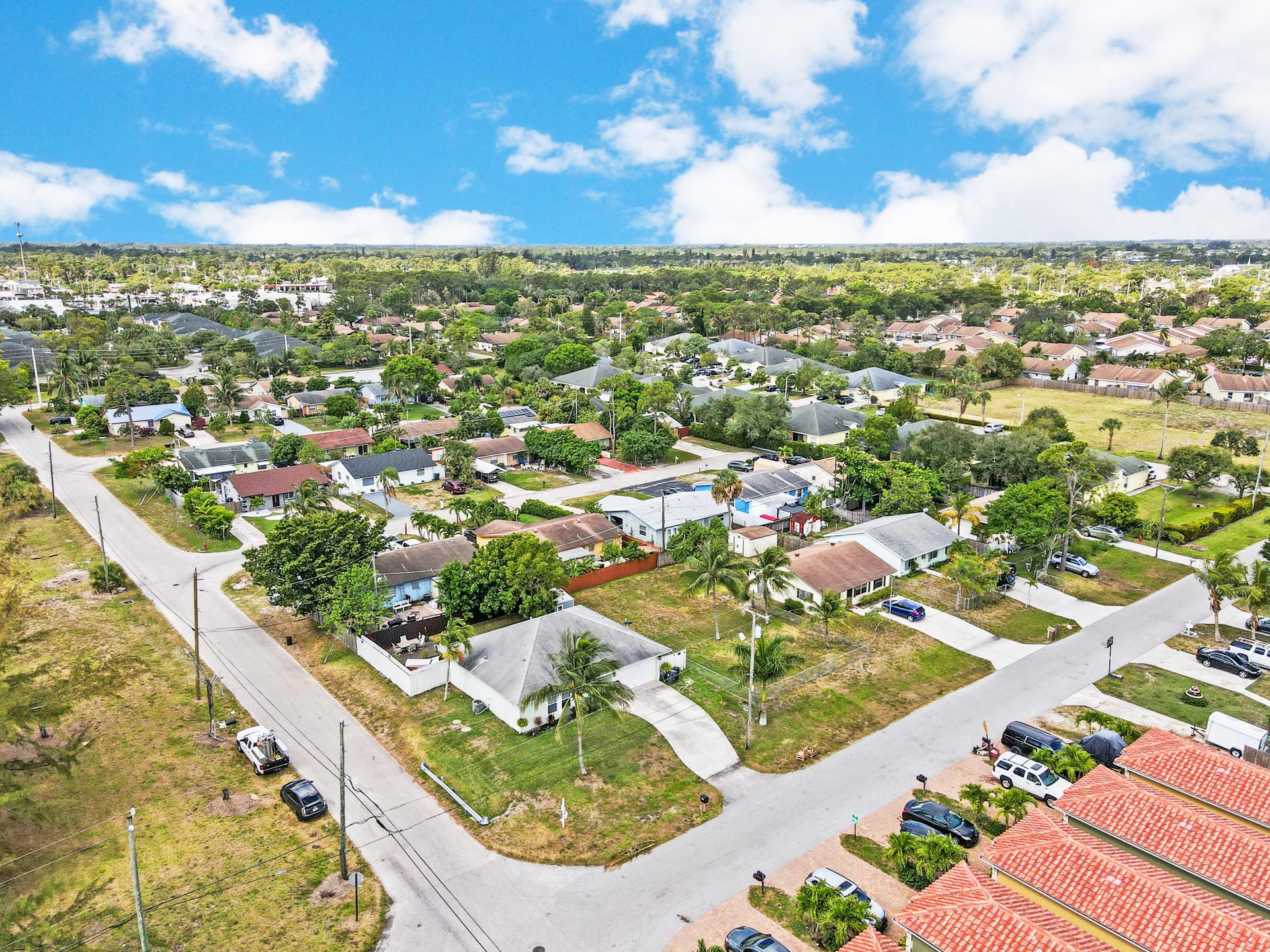 4570 Boatman Street Lake Worth, FL 33463 photo 32