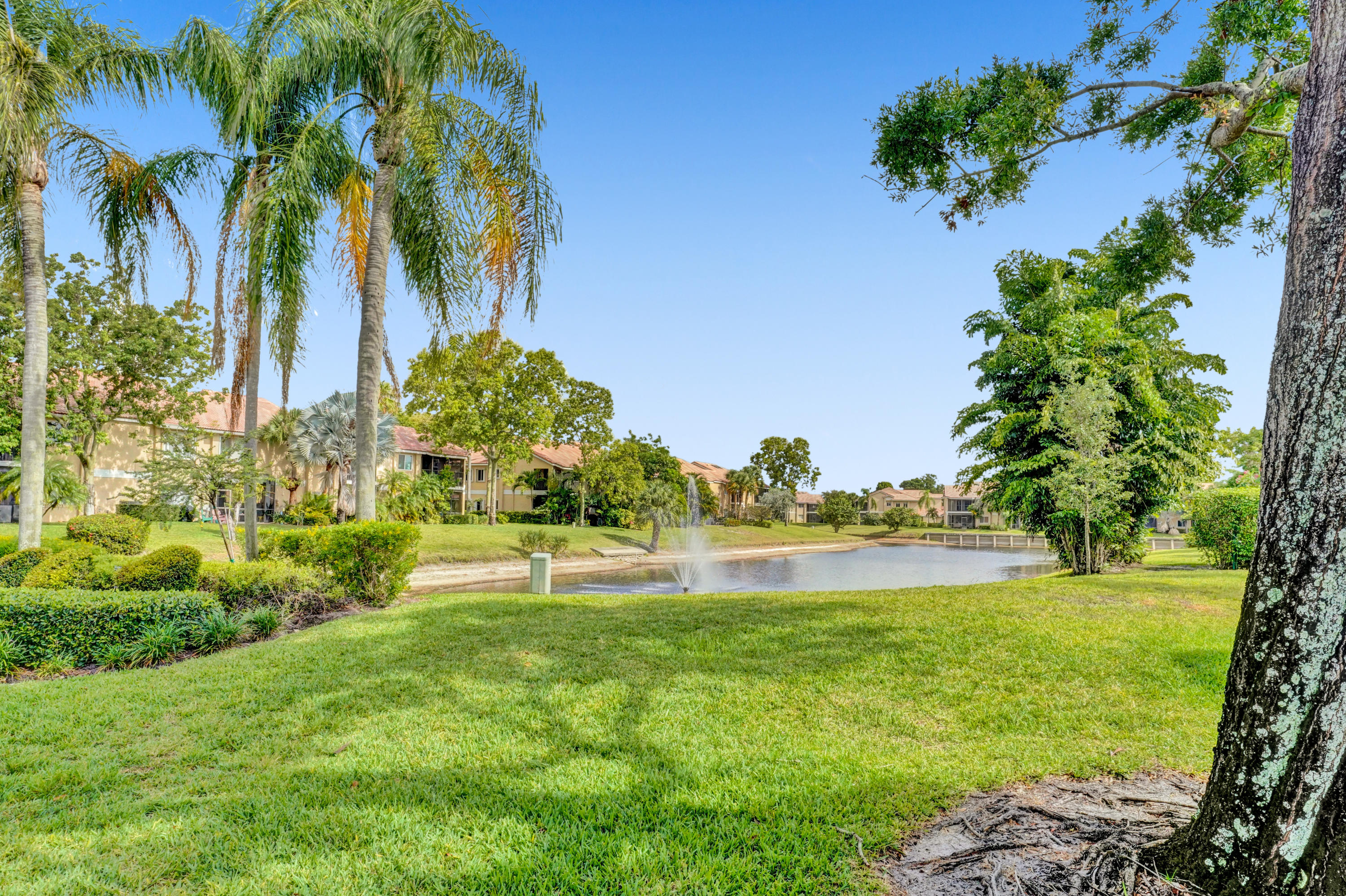 23032 Island View - 3/2 in ISLES OF BOCA CONDOS ONE AND TWO DECLS FILED IN OR4