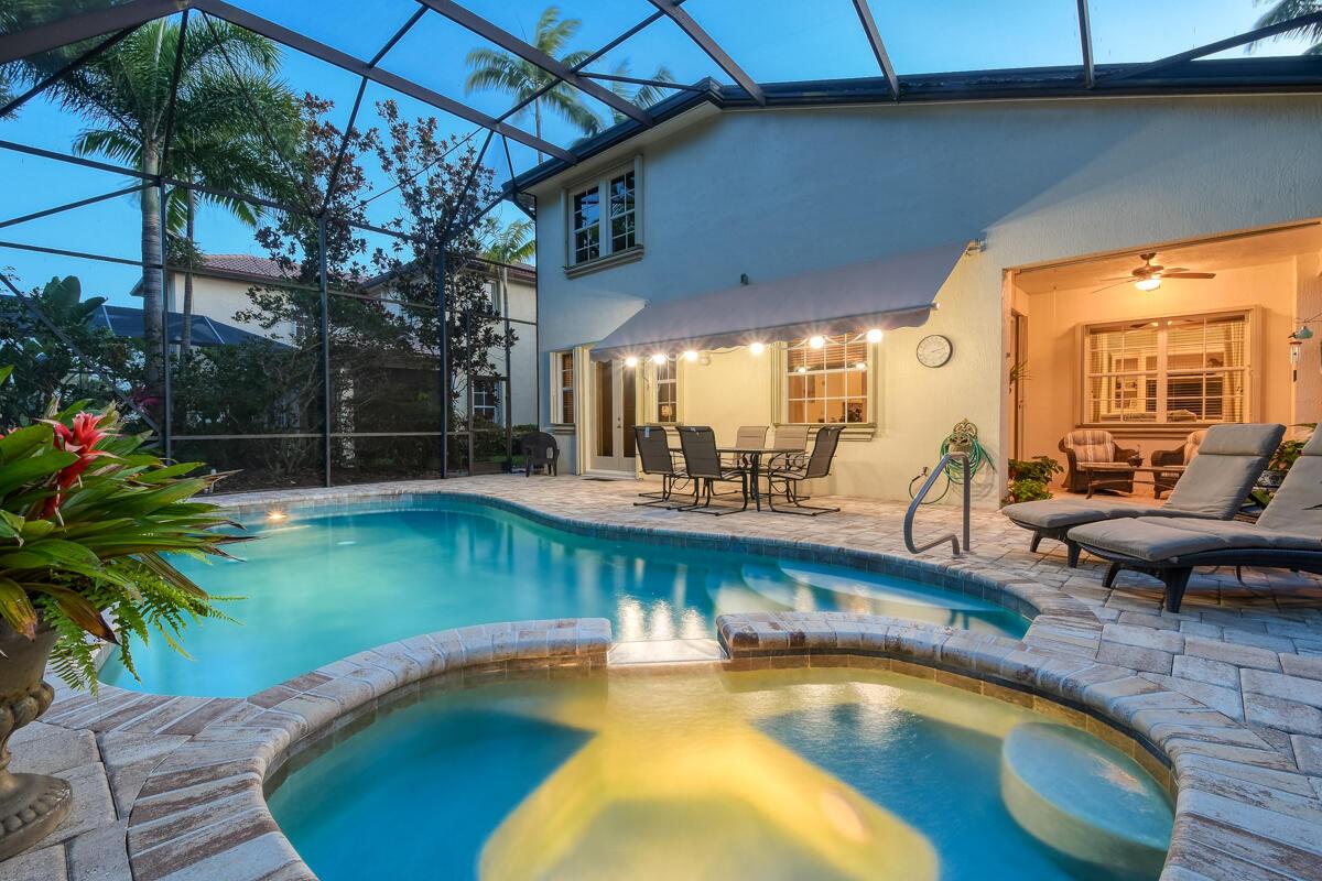 1082  Vintner Boulevard  For Sale 10722550, FL
