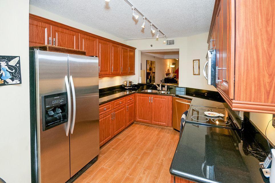 9260 SW 14 Street 2403 For Sale 10722768, FL