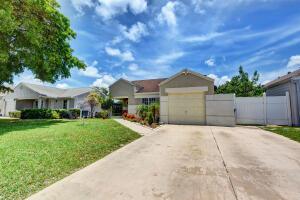 8478 Dynasty Drive, Boca Raton, FL 33433