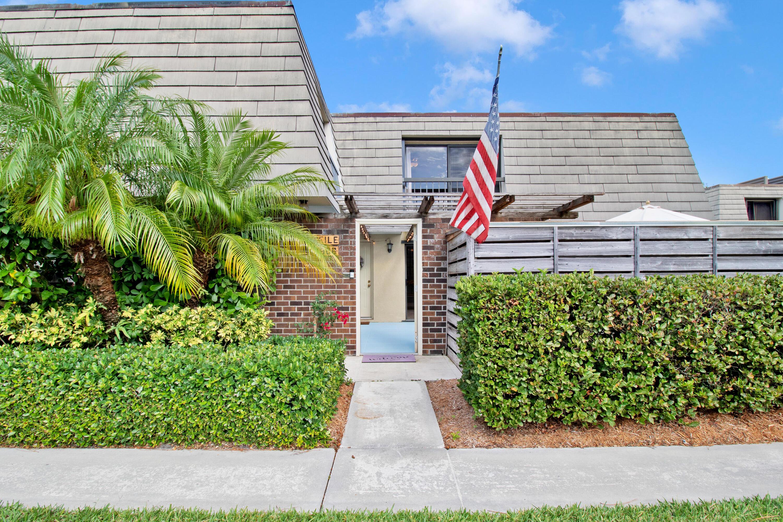 806 8th Terrace Palm Beach Gardens, FL 33418 photo 2