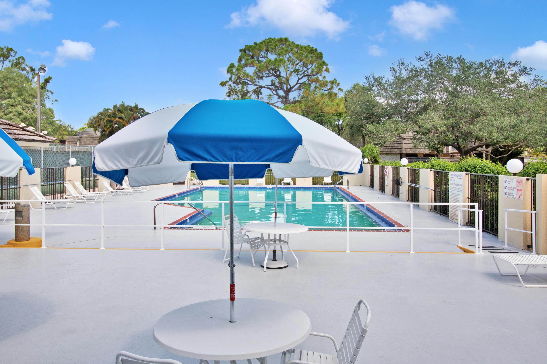 806 8th Terrace Palm Beach Gardens, FL 33418 photo 31