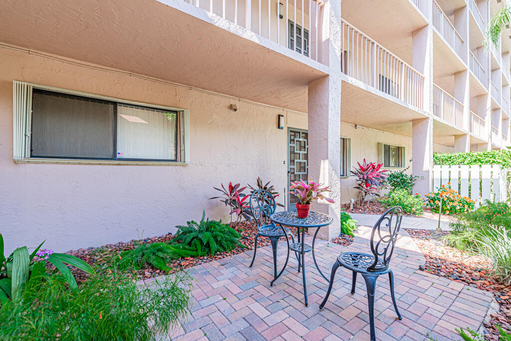 7340  Amberly Lane 106 For Sale 10721932, FL