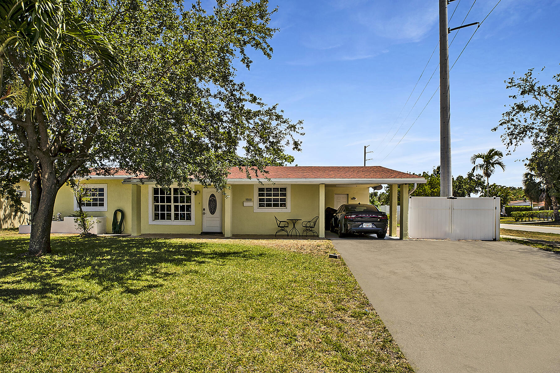 Home for sale in CRESTHAVEN 9 REPLAT Pompano Beach Florida