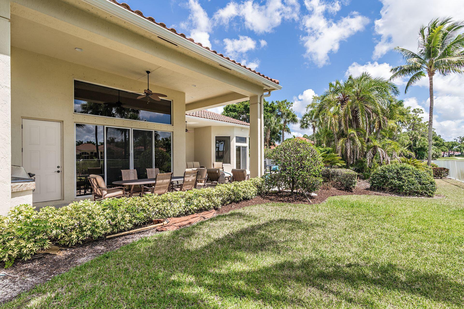 1186 Breakers West Boulevard West Palm Beach, FL 33411 photo 8