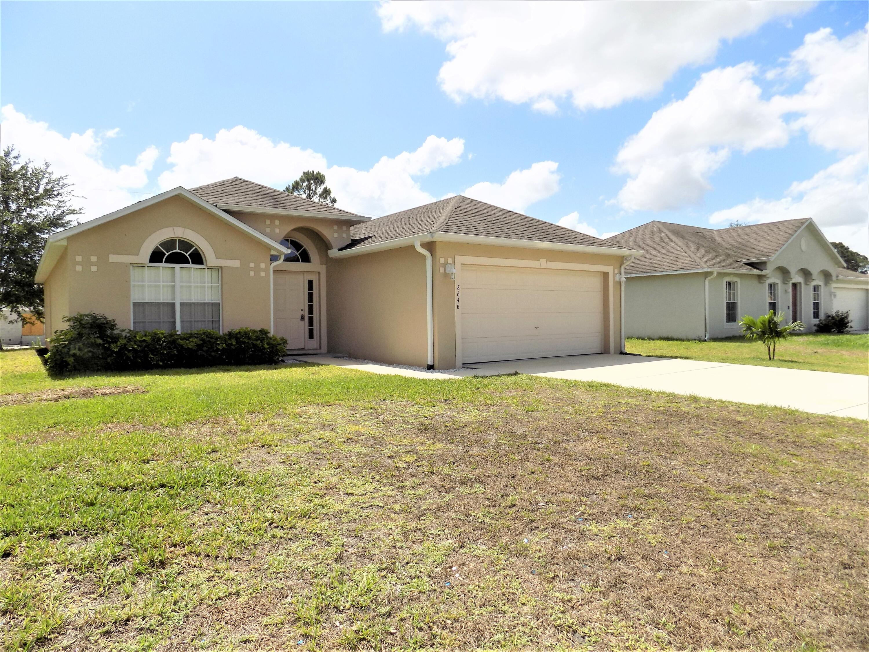 Home for sale in VERO LAKE ESTATE Vero Beach Florida
