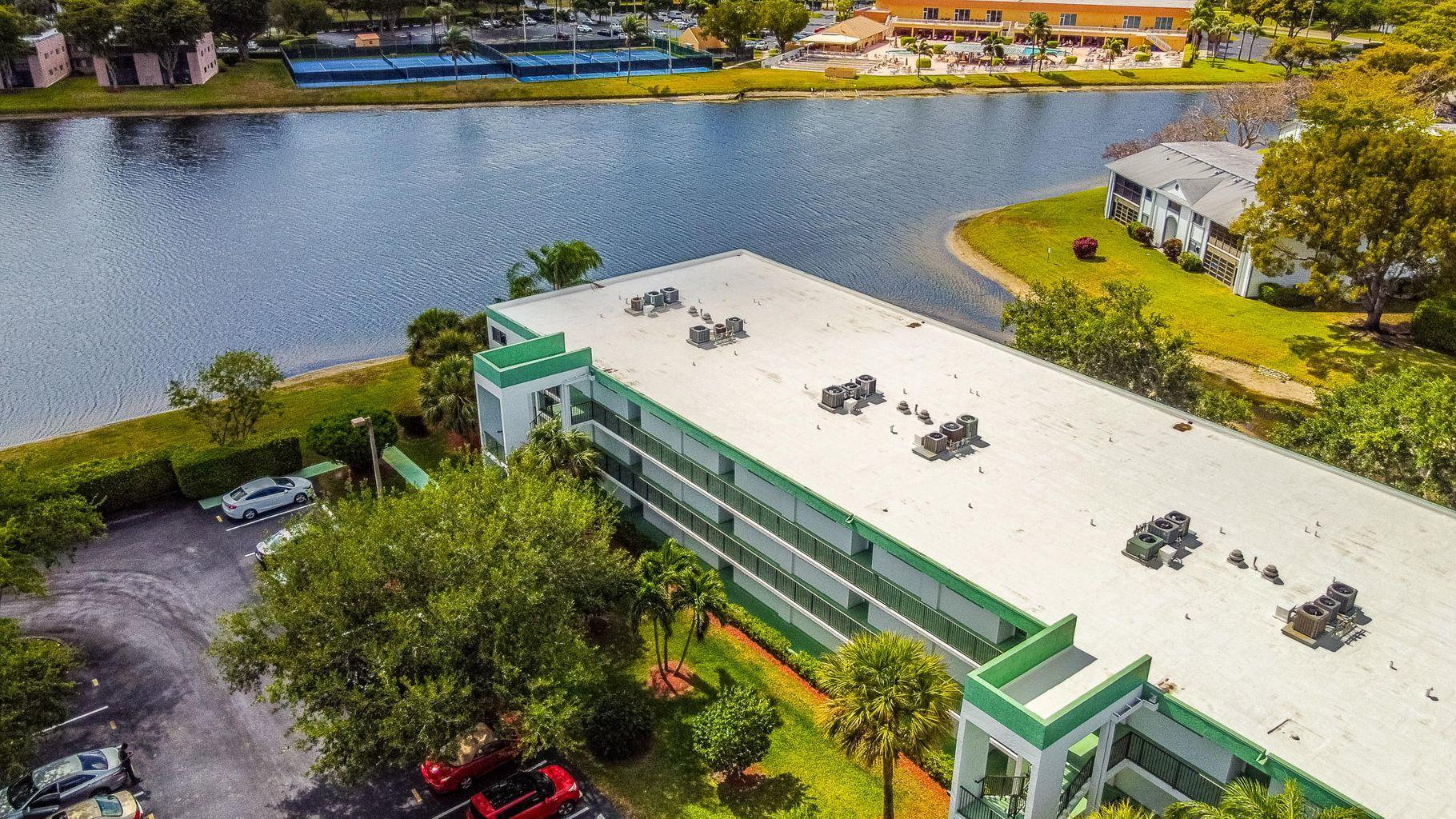 15365  Lakes Of Delray Boulevard 207 For Sale 10719056, FL