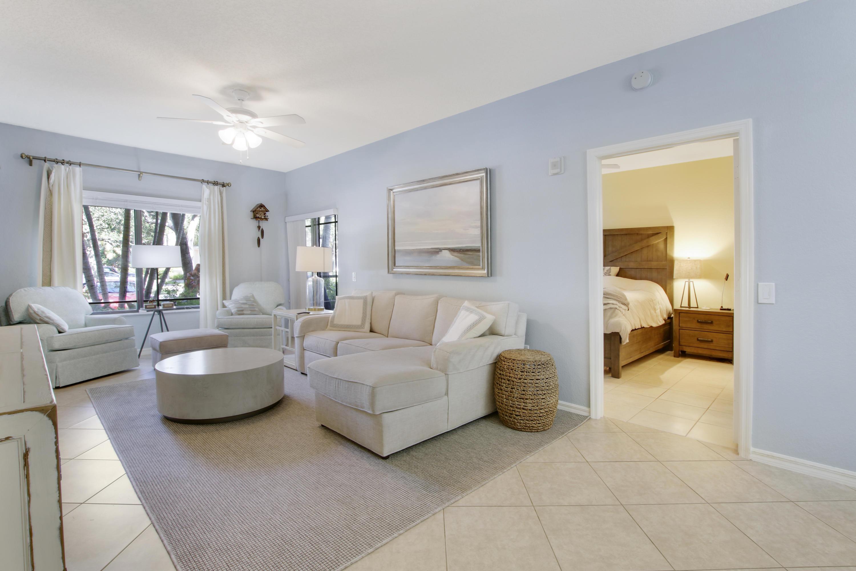 2916 Tuscany Court 105 Palm Beach Gardens, FL 33410 photo 3