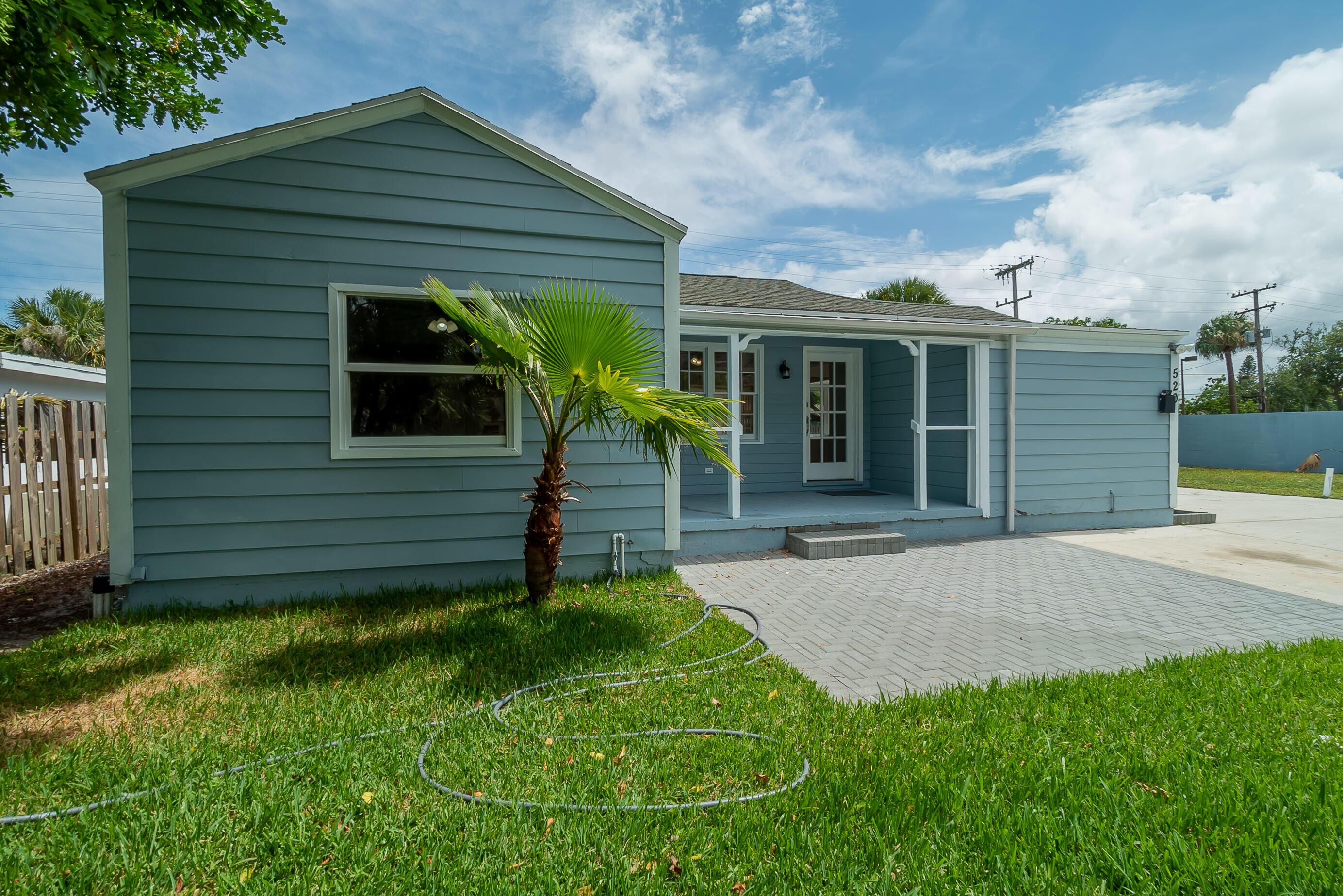 520 45th Street West Palm Beach, FL 33407 photo 3