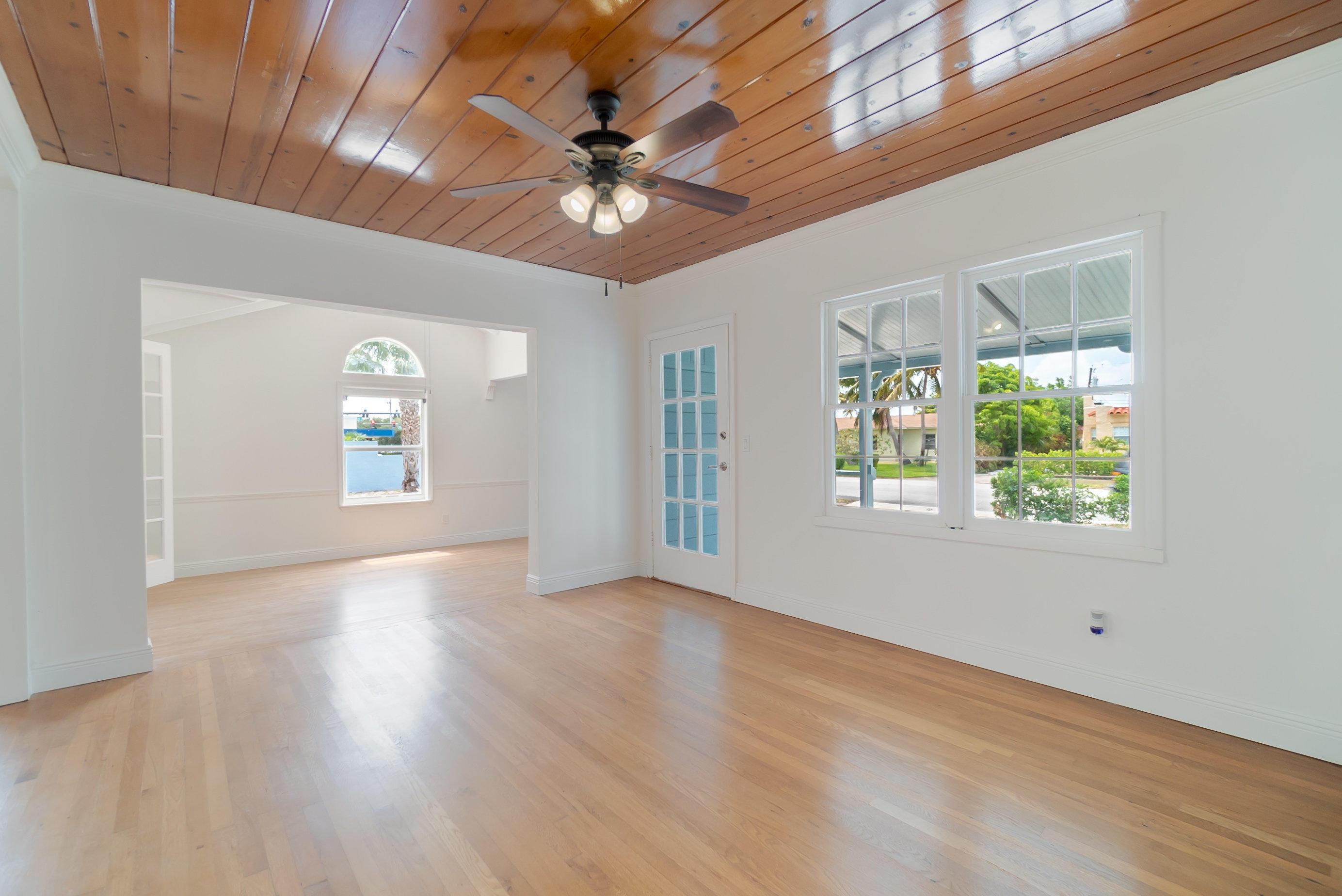 520 45th Street West Palm Beach, FL 33407 photo 9