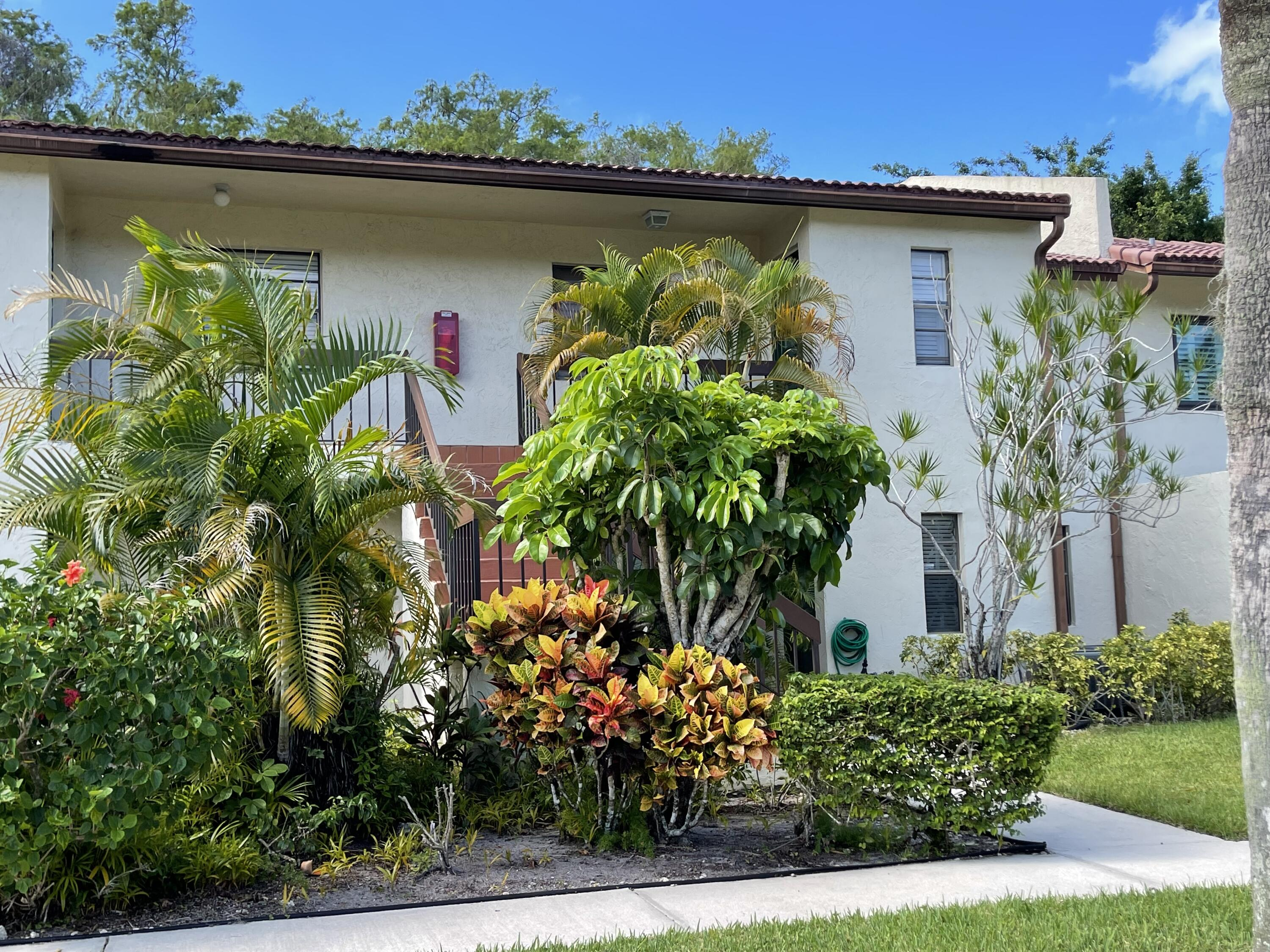21728  Arriba Real  34-D For Sale 10723140, FL