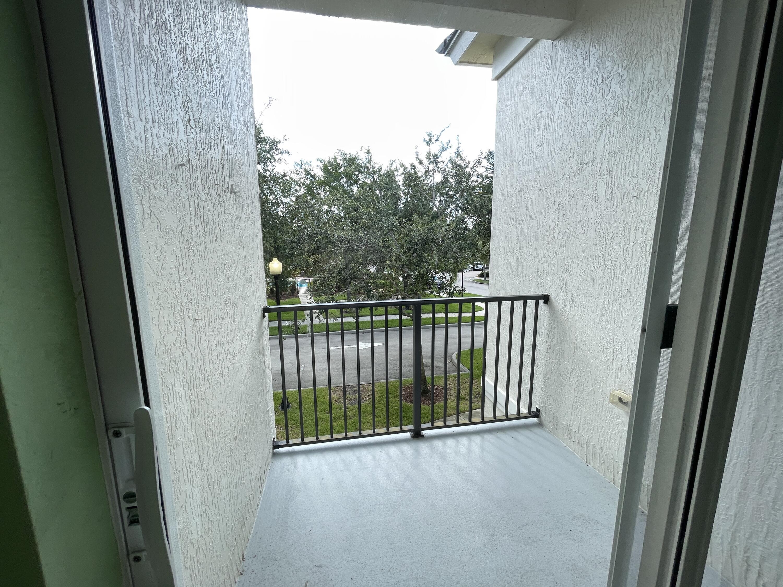 10520 SW Stephanie Way 201 Port Saint Lucie, FL 34987 photo 4