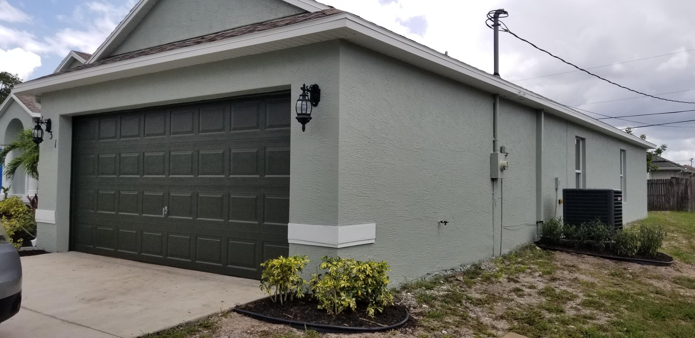 1131 SW Colorado Avenue Port Saint Lucie, FL 34953 photo 3