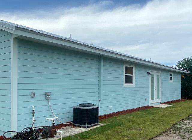 980 SW Connecticut Terrace Port Saint Lucie, FL 34953 photo 2