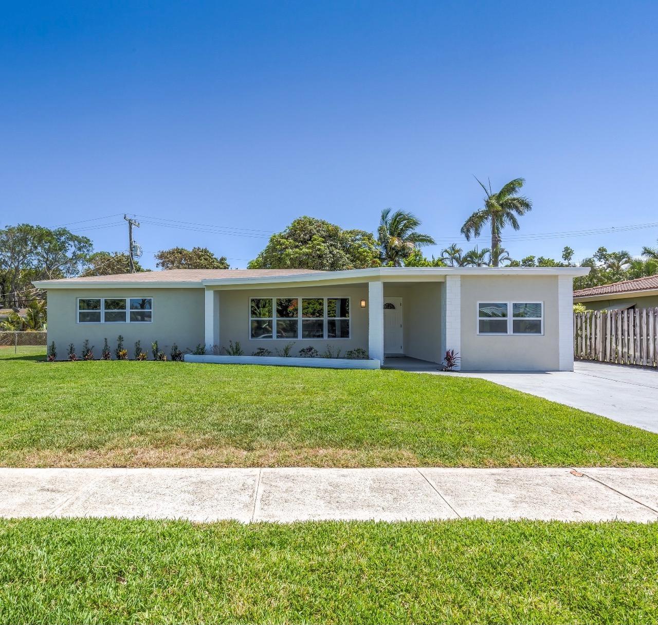 190 NE 21st Street  For Sale 10723181, FL
