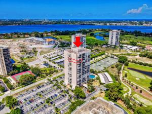 2425 Presidential Way, 1806, West Palm Beach, FL 33401